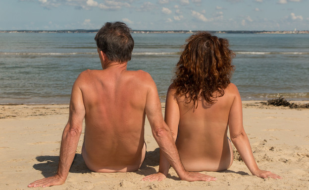 חוף נודיסטים (צילום: sylv1rob1, Shutterstock)