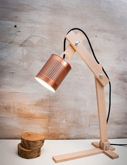 תעשייתי 01, גוף תאורה שולחני, מחיר-החל מ-211 שקל (צילום: EunaDesign)