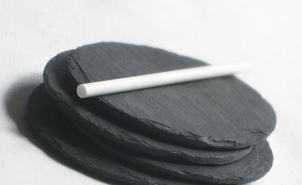 תעשייתי 04, תחתיות לכוסות צבע גיר, מחיר-164 שקל (צילום: SimplyNu, e)