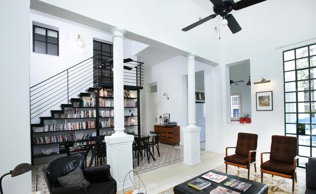 דירה בבניין אקלקטי (צילום: סוזי לוינזון)