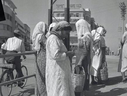 שוק מחפשי העבודה (צילום: יעקב רוזנר, באדיבות האנציקלופדיה העירונית www.tlv100)