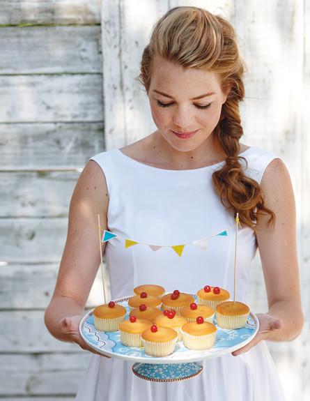 מגש לעוגה של PIP STUDIO ההולנדי, 294 ש״ח להשיג בחנויות נבחרות  (צילום: עדי קראוס)
