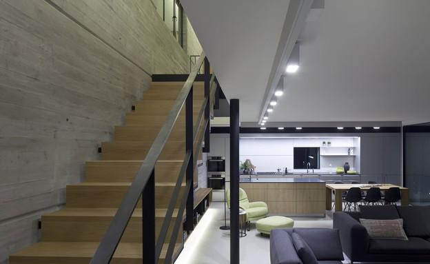 מדרגות (צילום: עמית גירון)