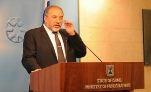 ליברמן כשר החוץ (צילום: אלרם מנדל - משרד החוץ)