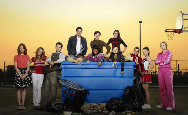 הקאסט של Glee (יח``צ:  יחסי ציבור )