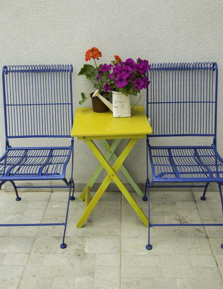 עליית הגג של ג'וד, ג, כיסאות  (צילום: אפרת נימרוד)