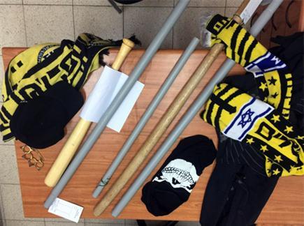 כלי התקיפה שנתפסו (המשטרה) (צילום: ספורט 5)