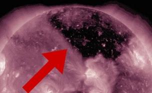 חור שחור בשמש (צילום: NASA)