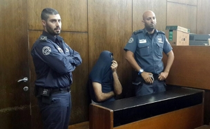 החשוד באונס על רקע לאומני בבית המשפט (צילום: חדשות 2)