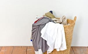 סל כביסה (צילום: Iamnao, Shutterstock)