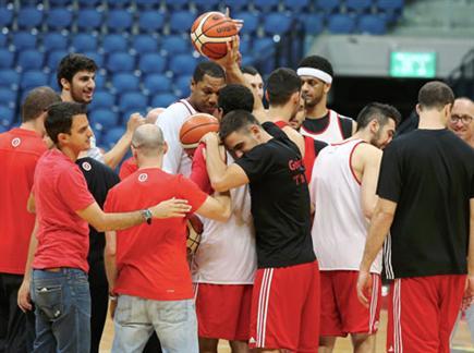 שחקני ירושלים באימון (אלן שיבר) (צילום: ספורט 5)