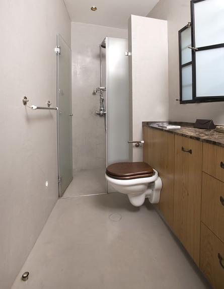 שירותים (צילום: סוזי לוינסון)