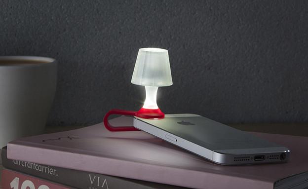 שבוע הספר 03, המנורה הכי קטנה שתמצאו (צילום: סטודיו דן לב)