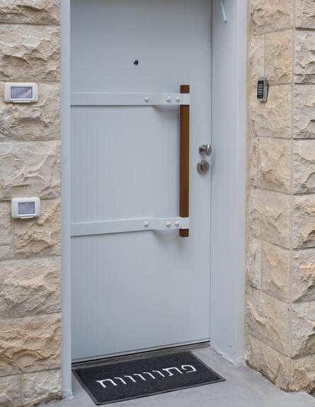 שלום אדריכלות, ג, כניסה (צילום: אביב קורט)