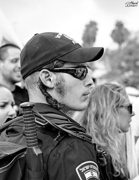 שרון גבאי - מצלם את ירושלים האמיתית