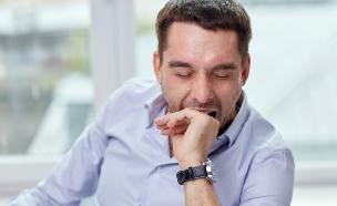 אבא עייף (צילום: Shutterstock/Syda Productions)