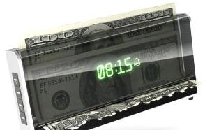 שעון מעורר גורס כסף (צילום: מעריב לנוער)