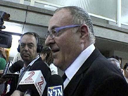 עורך הדין בני נהרי (צילום: גלעד שלמור, חדשות 2)