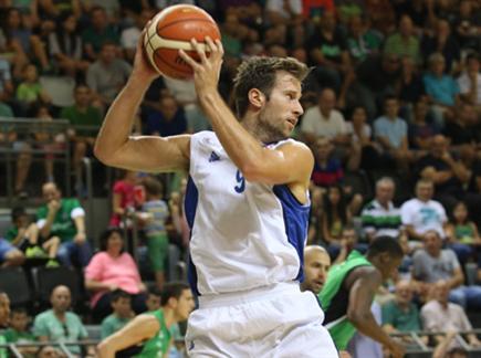 ניב ברקוביץ' ימשיך לשחק במדי נהריה (צילום: ספורט 5)