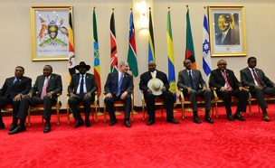 """פגישת נתניהו ומנהיגים באפריקה (צילום: קובי גדעון / לע""""מ)"""