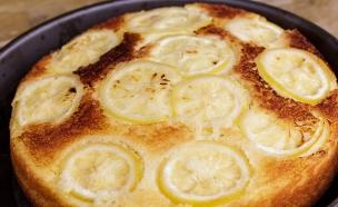מושיק ודובדבני - עוגת יוגורט ולימון (צילום: גיא פריבס, דנונה שטראוס )