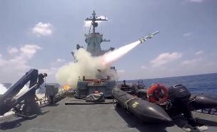 """תיעוד: שיגור טילים מתקדמים מלב ים (צילום: דובר צה""""ל)"""