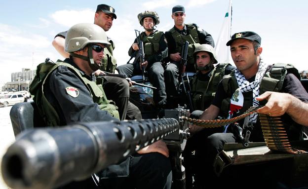 כוחות ביטחון פלסטיניים, ארכיון (צילום: רויטרס)