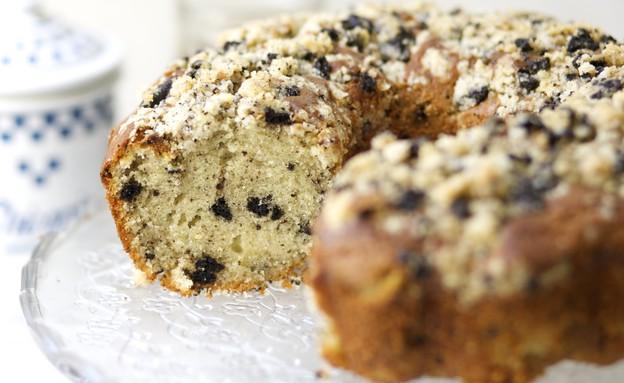 עוגת שוקולד לבן ופירורי עוגיות אוריאו (צילום: קרן אגם, אוכל טוב)