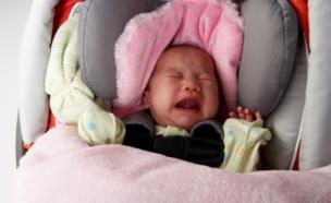 תינוק צורח באוטו (צילום: אימג'בנק / Thinkstock)