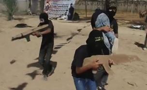 צפו באימונים של בני הנוער ברצועה (צילום: חדשות 2)