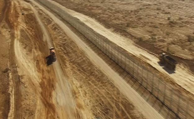 צפו: בניית המכשול מול ירדן (צילום: אגף ההנדסה והבינוי במשרד הביטחון)