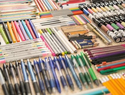 אוספי מעצבים, כלי_כתיבה-מיכל_דרעי-וימן (צילום: מיכל דרעי-וימן)