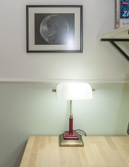 סיון ומיטל, ג, שולחן עבודה (19)