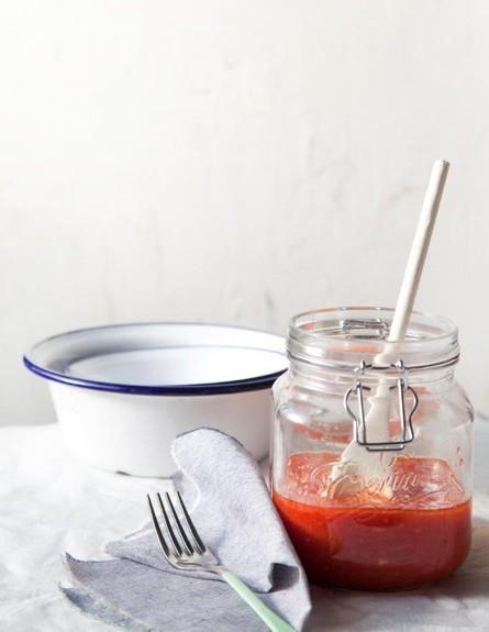 רוטב עגבניות בסיסי (צילום: דניאל לילה. סגנון: דיאנה לינדר, מגזין טעימות)