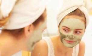 מסכת פנים (צילום: Voyagerix, Shutterstock)