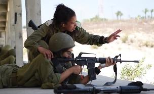 """מכינה ללוחמות (צילום: דובר צה""""ל, באדיבות גרעיני החיילים)"""