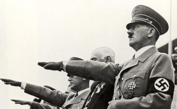 הדיקטטור בטקס פתיחת אולימפיאדת ברלין 1936 (צילום: Photo 12, GettyImages IL)