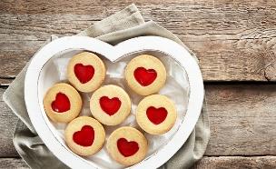 בית לאהבה, עוגיות בצורת לב (צילום: Africa Studio, Shutterstock)