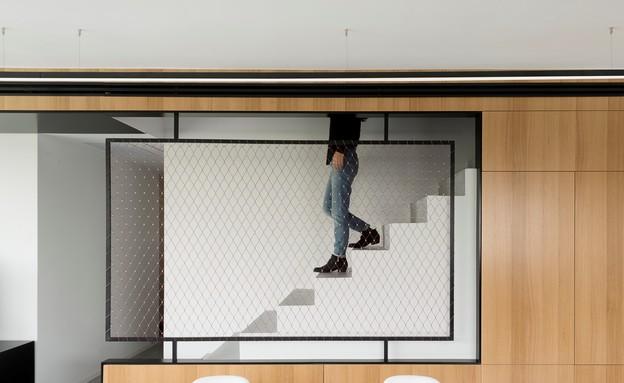 מעיין גבאי, ארון מדרגות 2 (צילום: גדעון לוין)