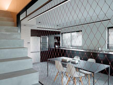 מעיין גבאי, מבט מהמדרגות למטבח (צילום: גדעון לוין)