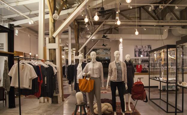 50 החנויות קום איל פו בנמל. (צילום: יעל אנגלהרט)