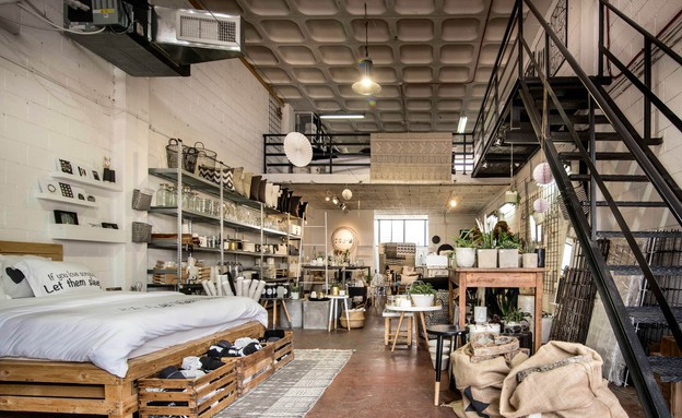 50 החנויות, TWOM (צילום: גלעד רדט)
