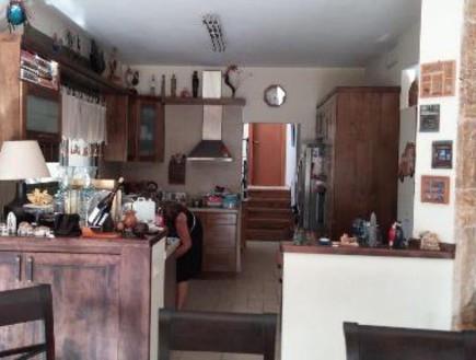 עינב גלילי, מטבח לפני, צילום ביתי