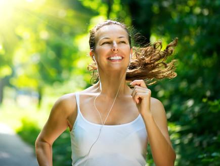 אימון בוקר ריצה (צילום: Shutterstock/ Subbotina Anna)