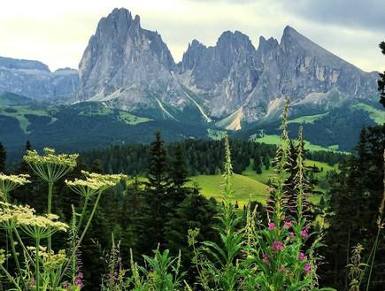 ההרים ססולונגו וססופיאטו באיטליה, כפי שצילם ג'ארוד