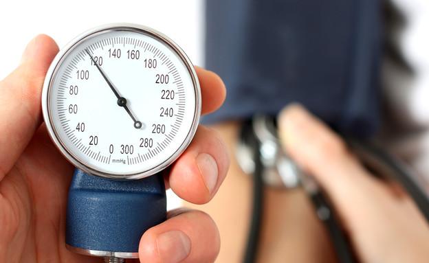 לחץ דם (צילום: LeventeGyori, Shutterstock)