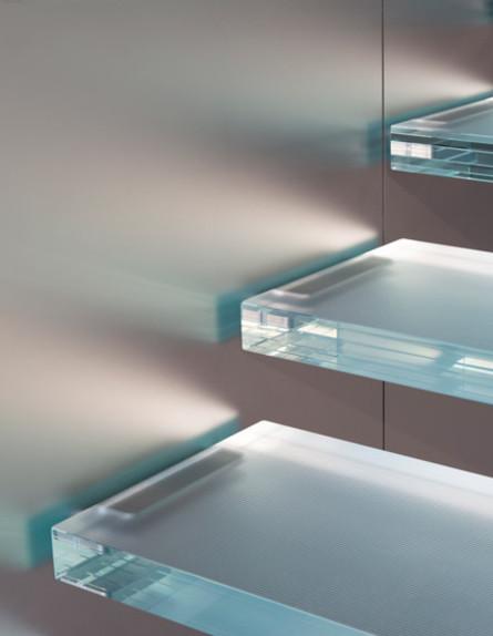 מדרגות זכוכית (צילום: apple)