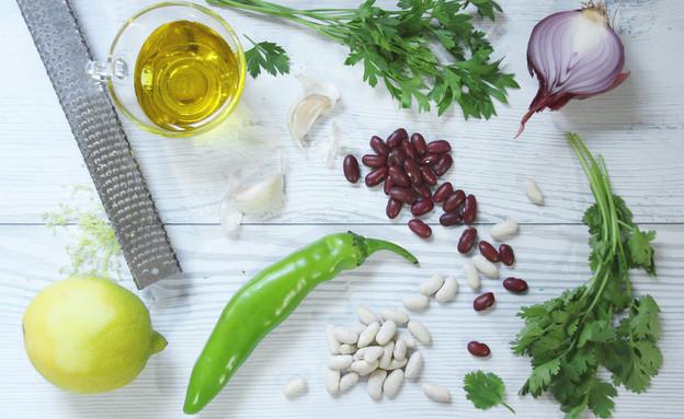 מדריך להכנת שעועית: מרכיבים לסלט (צילום: אסתי רותם, אוכל טוב)