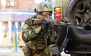 לוחם הכוחות המיוחדים של צבא אוקראינה (צילום: משרד הפנים האוקראיני)