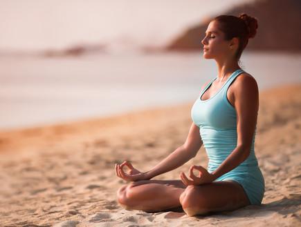 מדיטציה (צילום: vetrovamaria, Shutterstock)